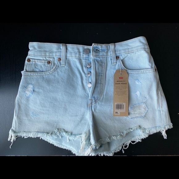 Levis Wedgie Fit Light Blue Wash Shorts(Brand New)
